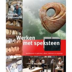 Boek: Werken met speksteen